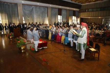 18 new members in the NA take oath
